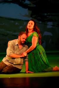 Thomas Cooley and Yulia van Doren as Acis and Galatea. Photo by Johan Henckens, courtesy of MMDG